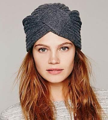 Модные вязанные шапки осень-зима 2019-2020 для женщин 13
