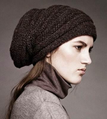 Модные вязанные шапки осень-зима 2019-2020 для женщин 14