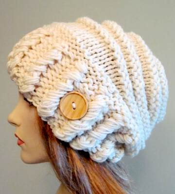 Модные вязанные шапки осень-зима 2019-2020 для женщин 16
