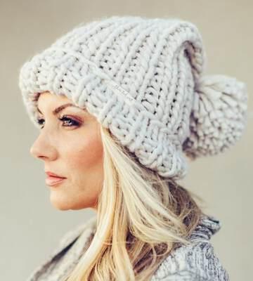 Модные вязанные шапки осень-зима 2019-2020 для женщин 20