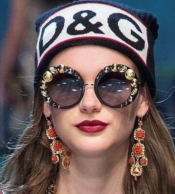 Модные вязанные шапки осень-зима 2019-2020 для женщин 33