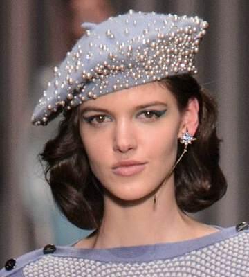 Модные вязанные шапки осень-зима 2019-2020 для женщин 34