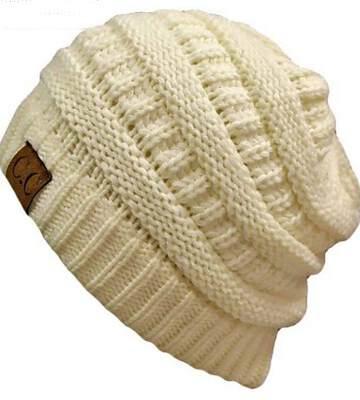 Модные вязанные шапки осень-зима 2019-2020 для женщин 9