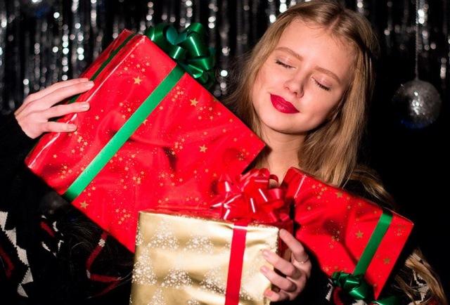 Недорогие подарки для подруги на Новый 2019 год: список