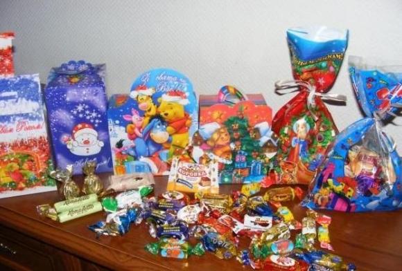 Photo of Новогодние сладкие подарки 2021: своими руками, от производителя