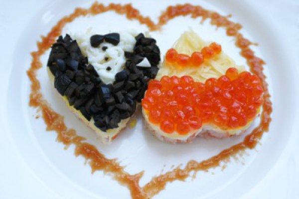 Рецепты простых и вкусных салатов на 14 февраля