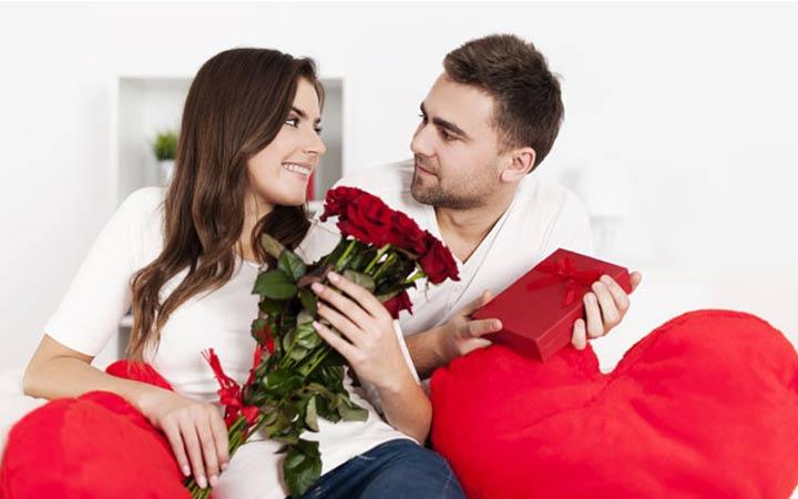 Подарки на 14 февраля для девушки и парня: лучшие идеи