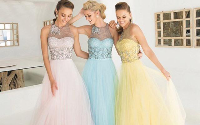 Photo of Модные вечерние платья на 2021 год