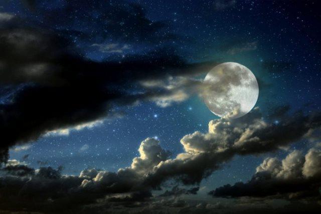 Полнолуния в мае 2019 года: когда будет, лунный цикл, таблица