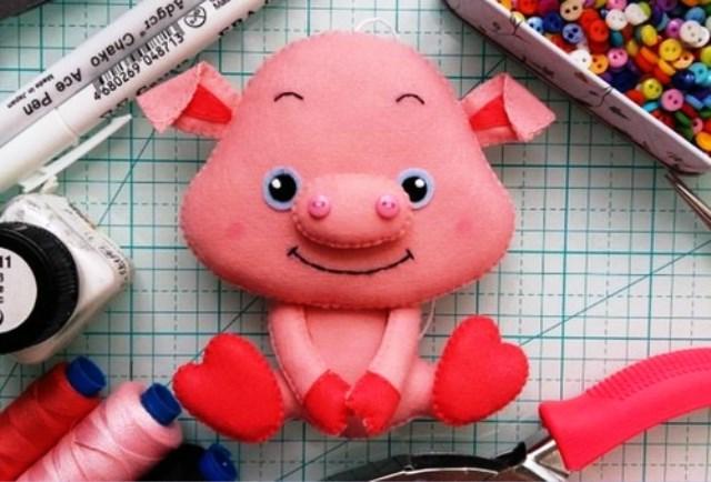 Свинья из фетра своими руками на Новый год