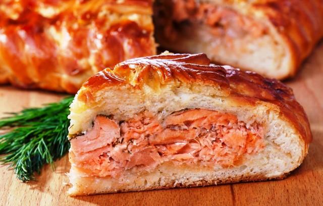 Как приготовить рыбный пирог?